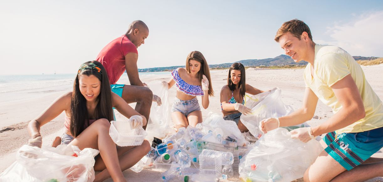 Where To Participate In Beach Clean-Ups