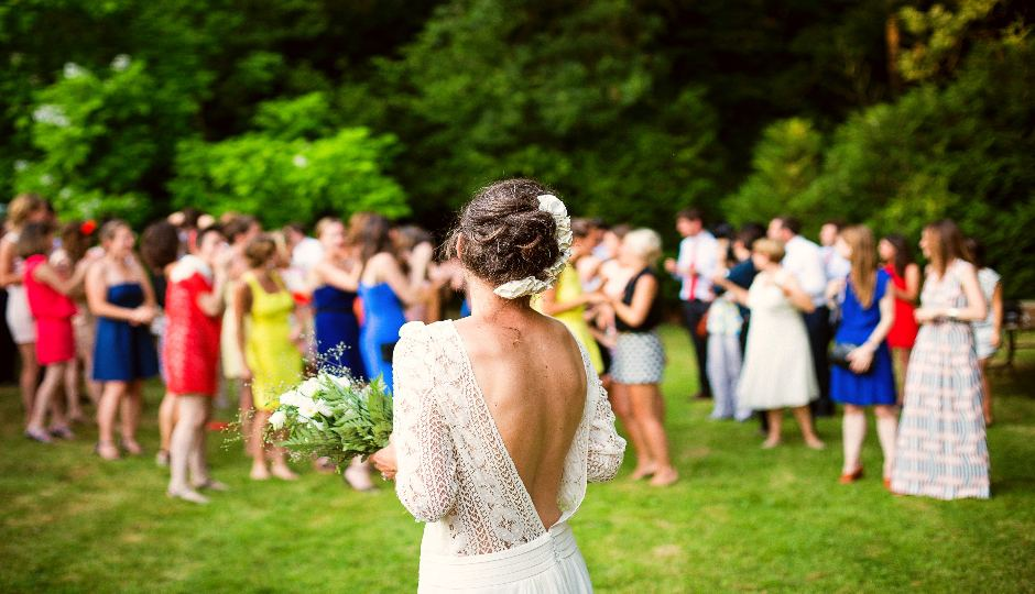 Wedding Guest Survival Guide: 9 Tips to Get You Through Wedding Season