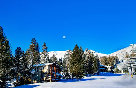 11 California Snowboarding Destinations You Won't Want to Miss