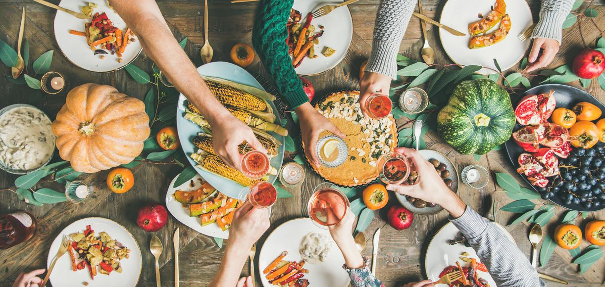 Everything You Need to Know About Hosting Friendsgiving