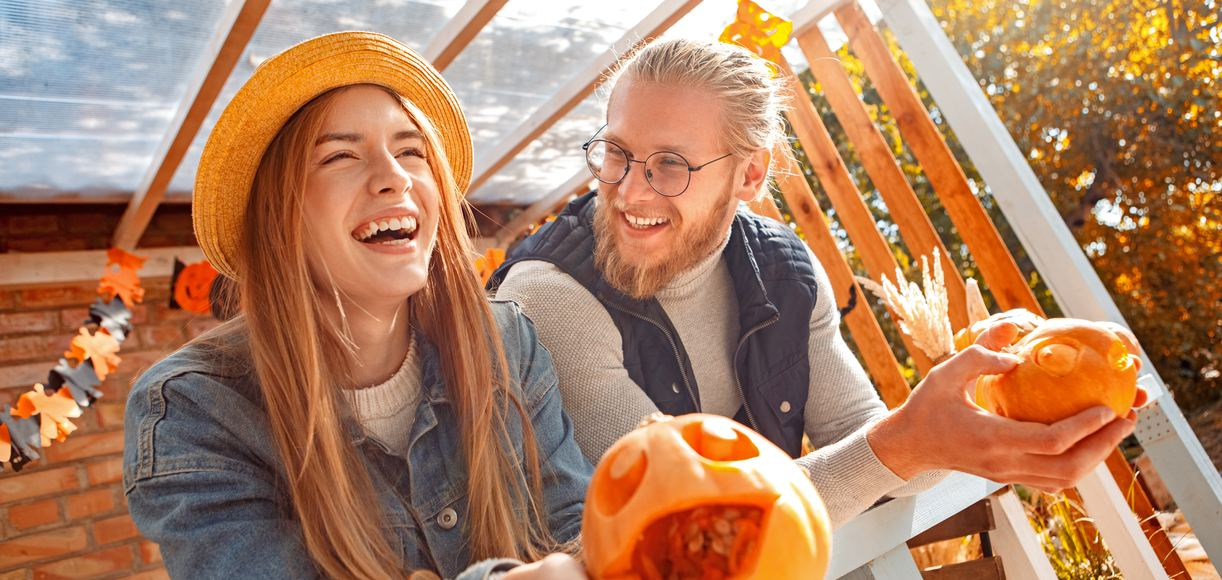 Halloween Date Ideas That'll Make Staying In a Treat