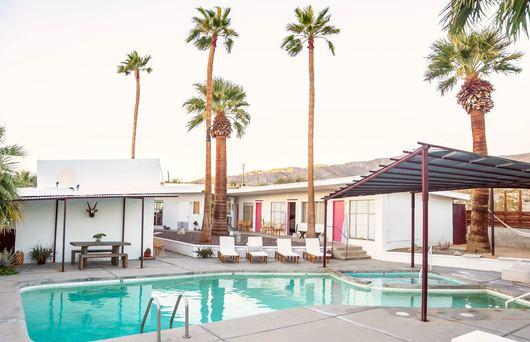9 Enviable Hot Springs Resorts in California