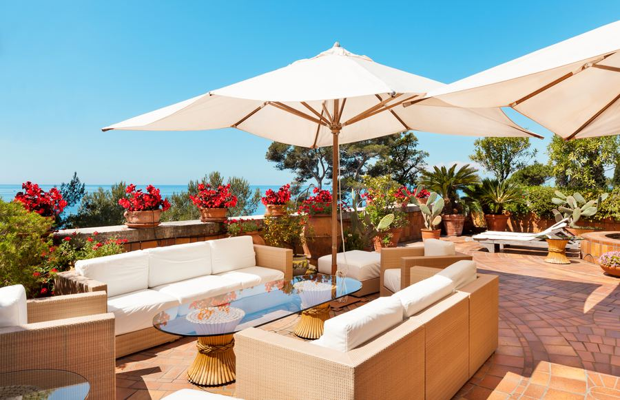 7 Luxurious Los Angeles Staycations to Plan Now