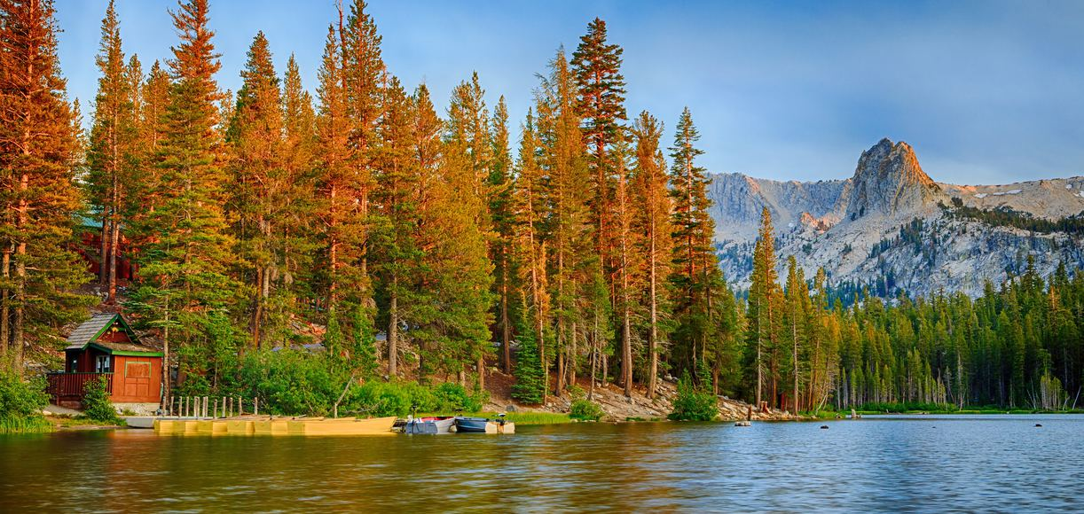 Lake Tahoe vs. Mammoth: Plan Your Fall Getaway Now