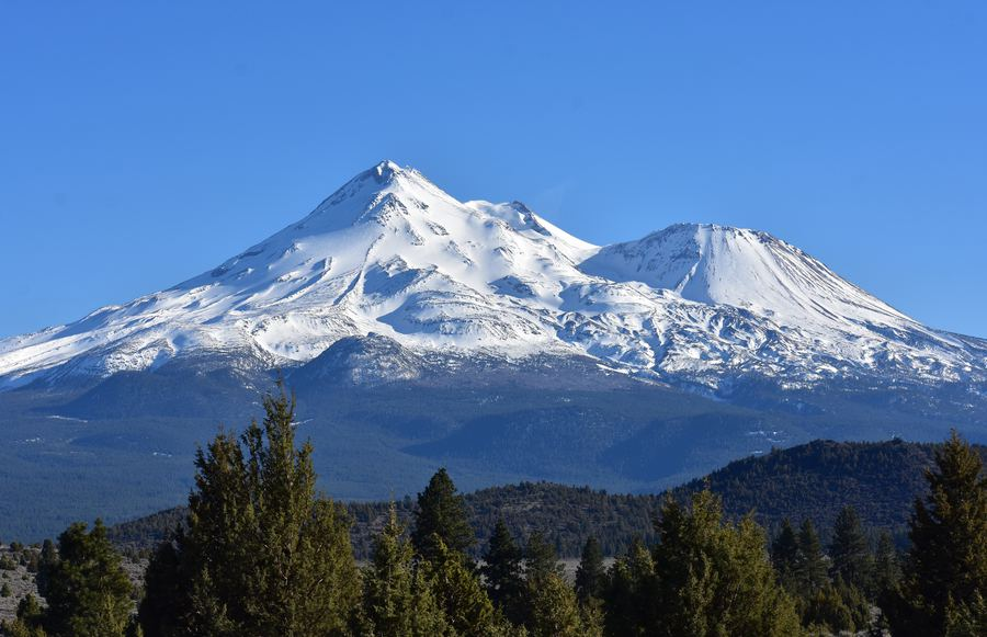 Everything You Need To Know About The Mount Shasta Mysteries