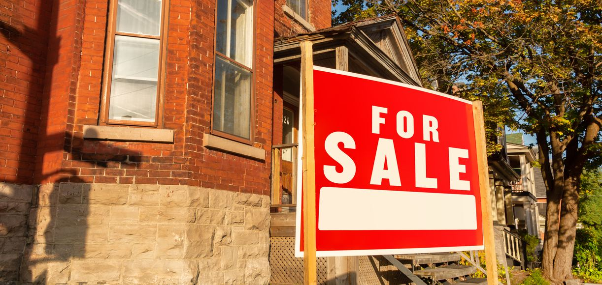 Real Estate Tips for Selling Your Home in the Fall
