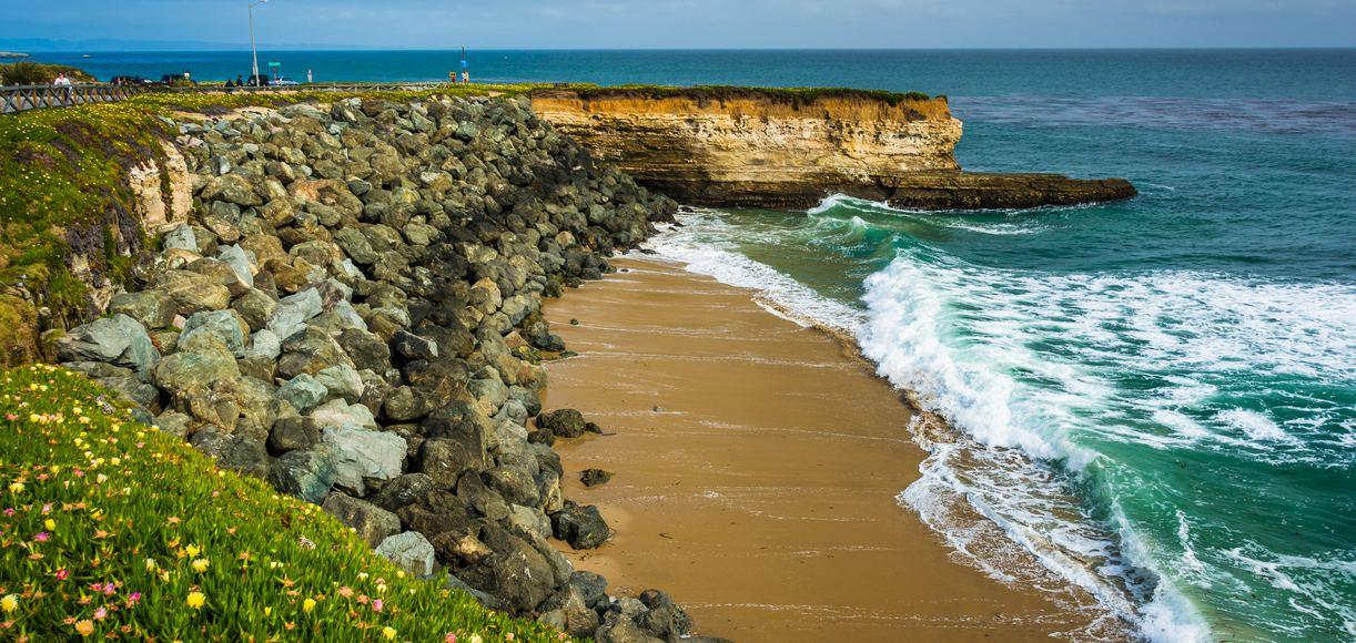 The Best Surf Spots in Santa Cruz
