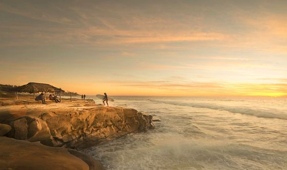 Grab Your Surfboard and Head to These San Diego Surf Destinations