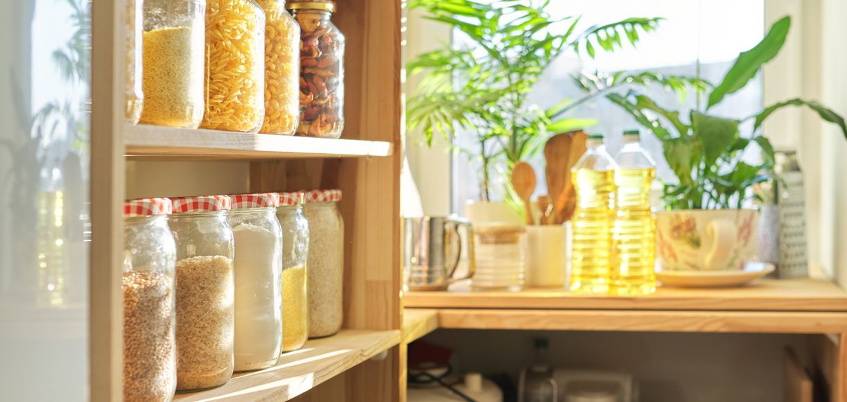 7 Tips for Organizing the Pantry in Your California Home