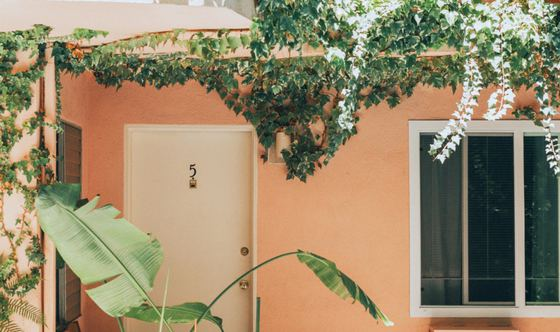 9 Questions to Ask Yourself Before Buying A Home