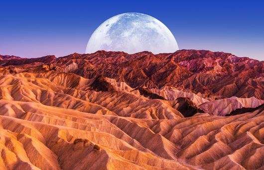Interesting Towns Near Death Valley
