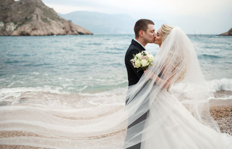 The Most Beautiful Waterfront Wedding Venues in California