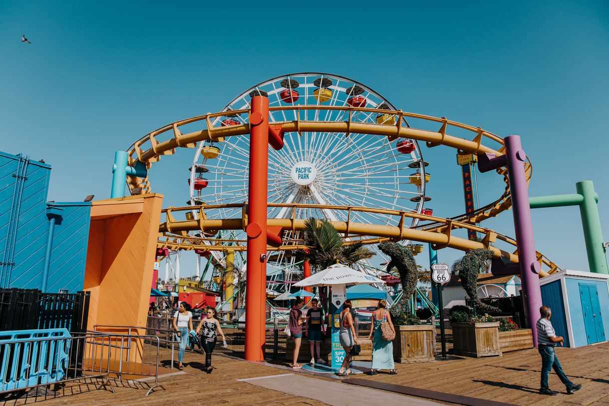 The park boasts the world's only solar-powered Ferris wheel and the West Coast's sole steel roller coaster overlooking the ocean.