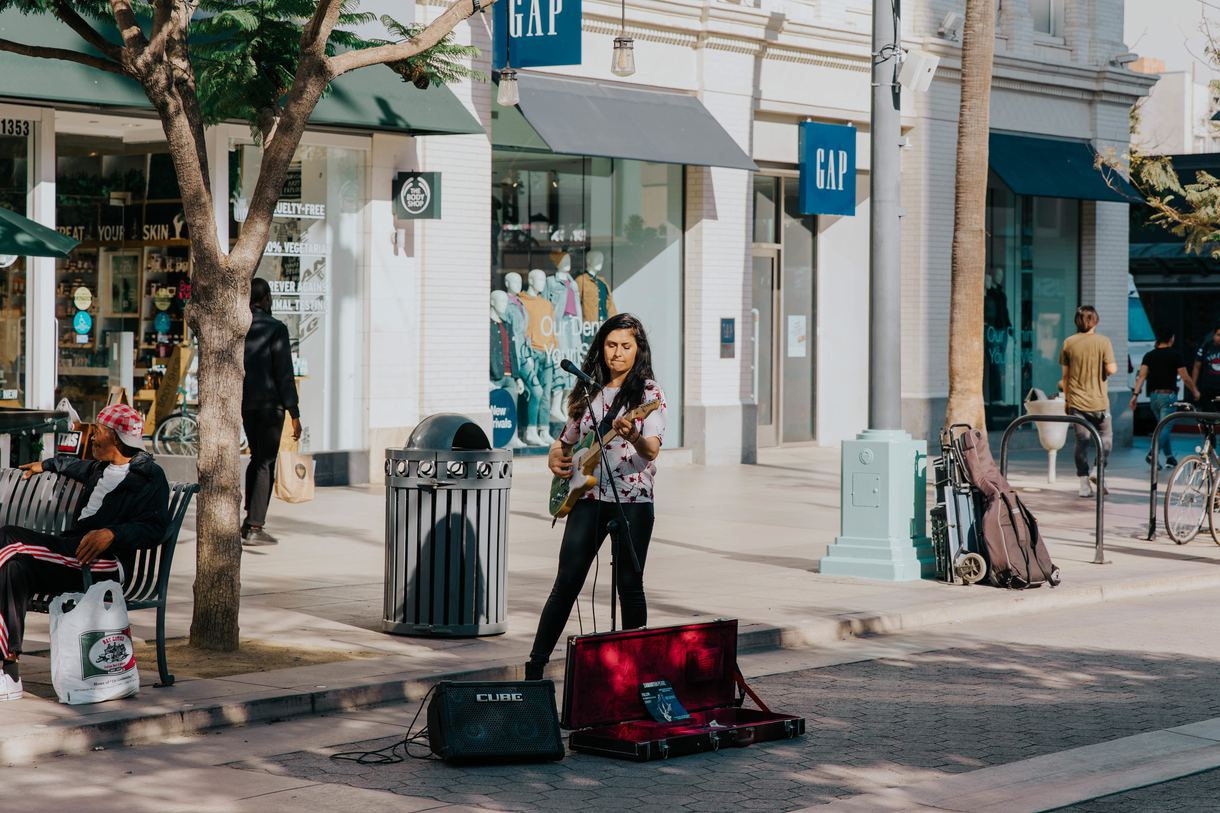 Street performers provide a festive atmosphere on evenings, weekends, and daily during the summer.