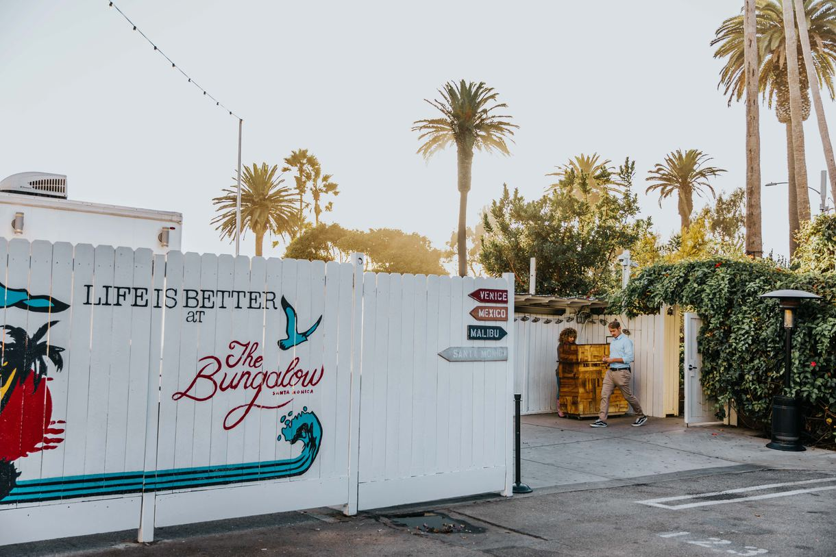 Situated right across from the beach, The Bungalow Santa Monica provides a posh space to sit back, relax, and enjoy the vistas with a drink in hand.
