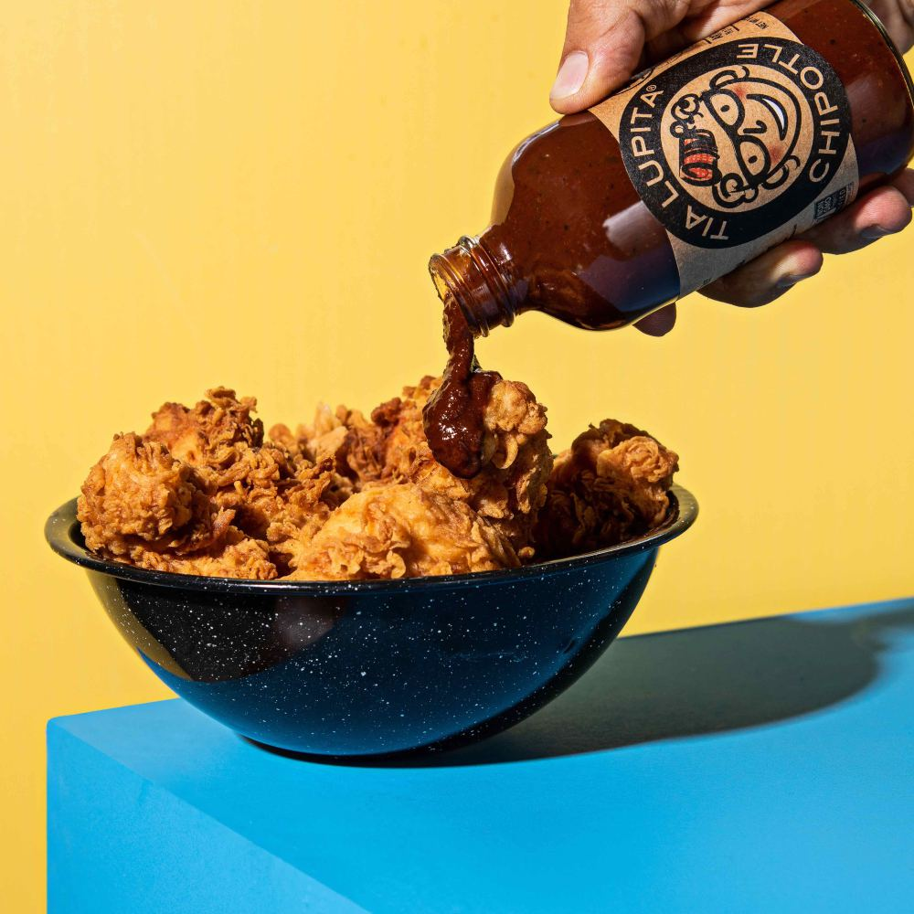Chipotle Hot Sauce served with crispy chicken